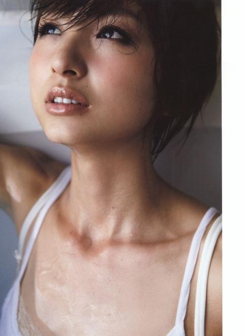 篠田麻里子 画像 033