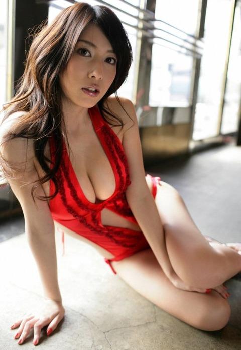 小林恵美 画像 042