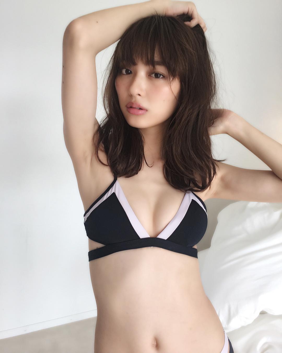 内田理央 画像 060