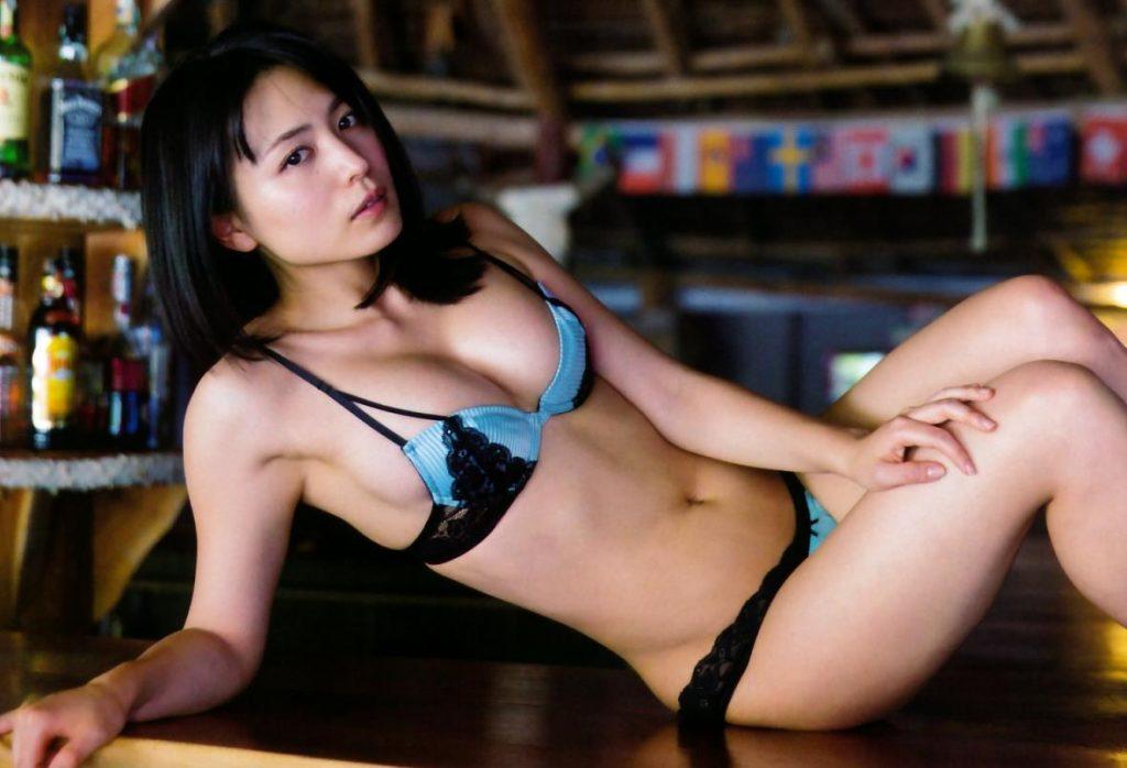 erosaka-yukiekawamura-116