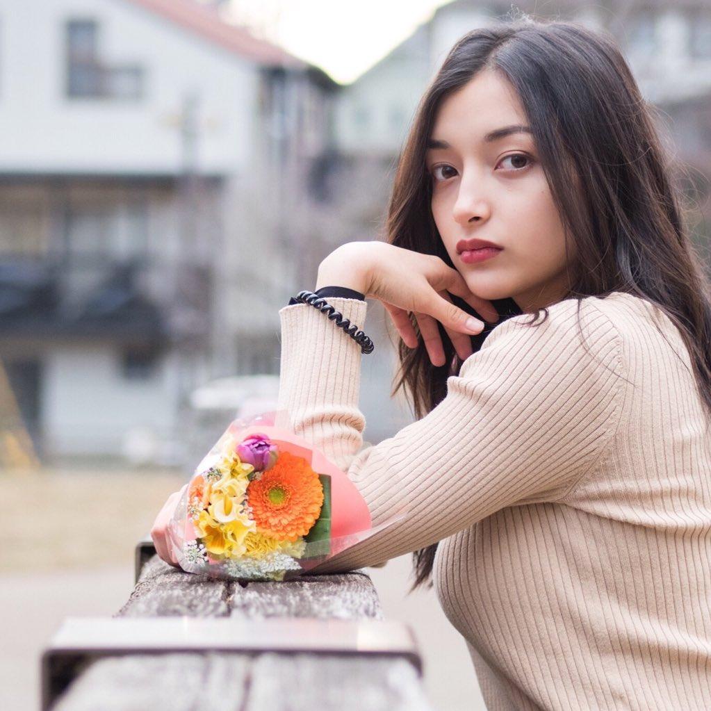 エリカ・マリナ姉妹 画像 099