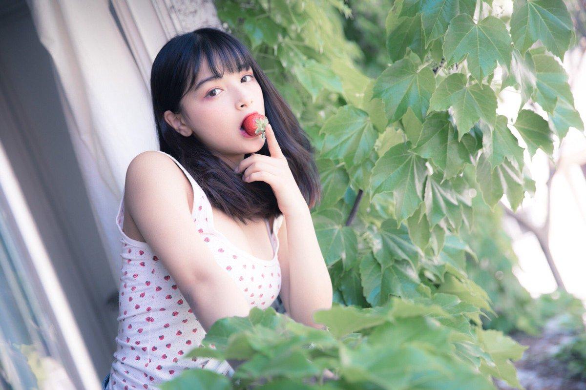 エリカ・マリナ姉妹 画像 004