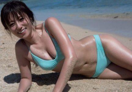 深田恭子 【エロ画像112枚】国民的女優のムチムチ水着