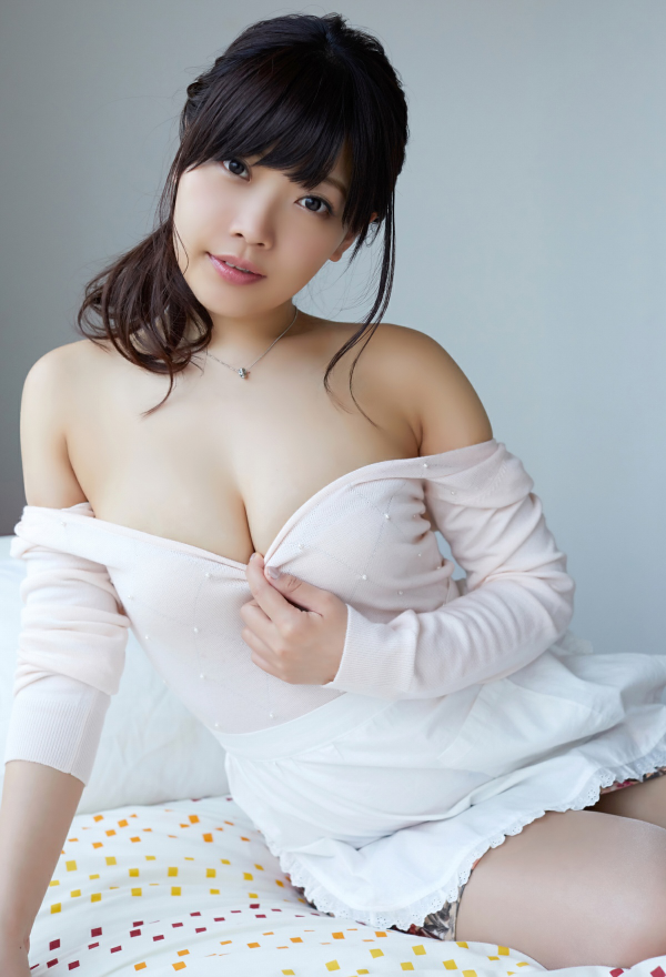 藤田恵名 画像 220