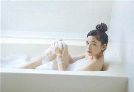 川口春奈 【エロ画像153枚!】大河出演女優のお風呂画像
