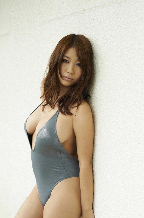 西田麻衣 画像 073