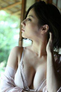 杉本有美 画像 077