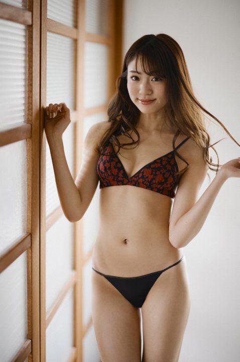 志田友美 画像 184