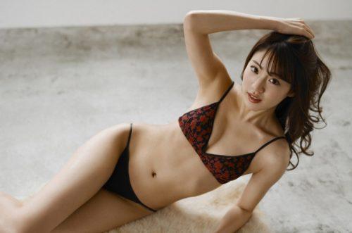 志田友美 画像 190