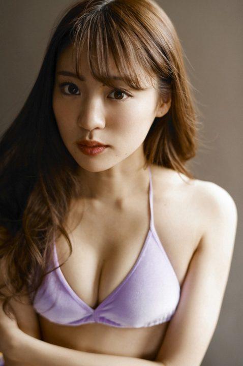 志田友美 画像 200