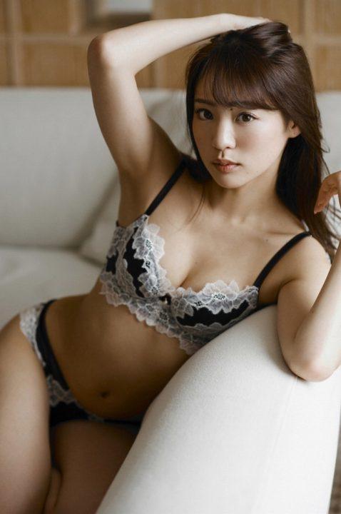 志田友美 画像 047
