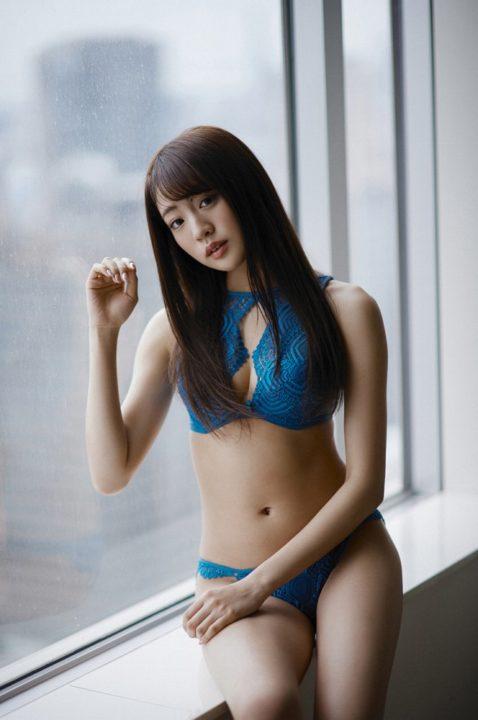 志田友美 画像 057