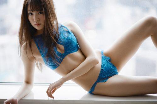 志田友美 画像 064