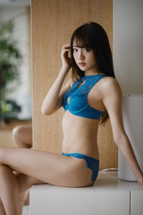 志田友美 画像 065