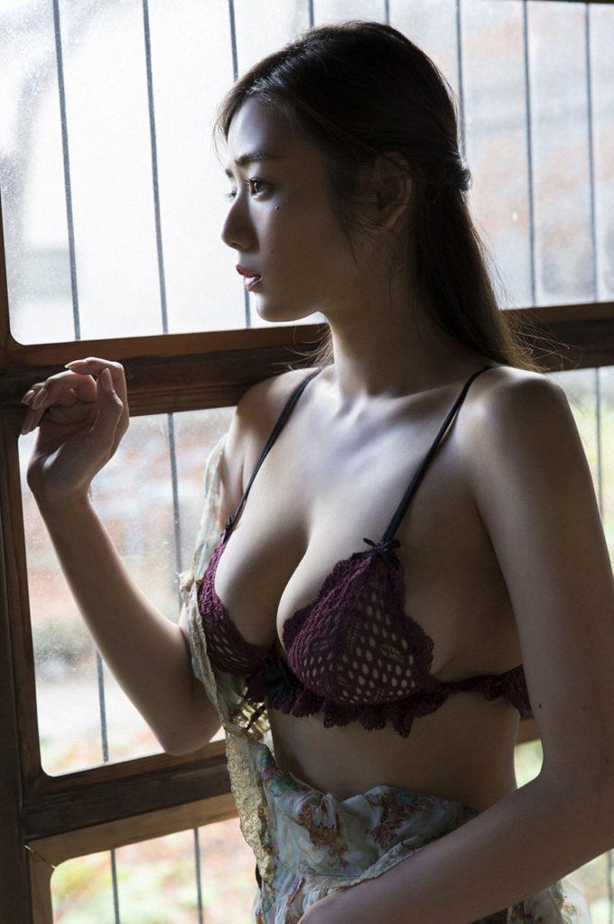 片山萌美 画像 035