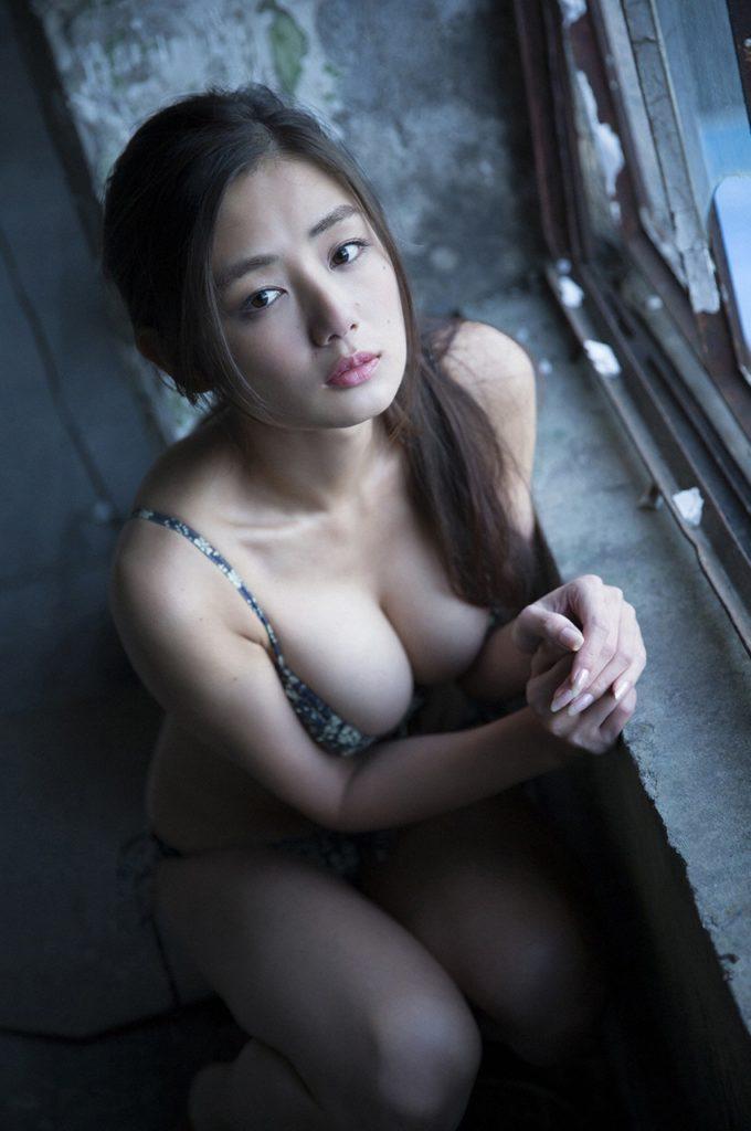 片山萌美 画像 036