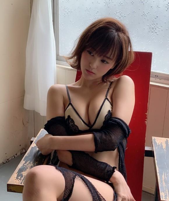 西原愛夏 画像 084