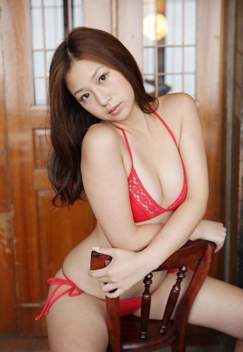佐山彩香 画像 020