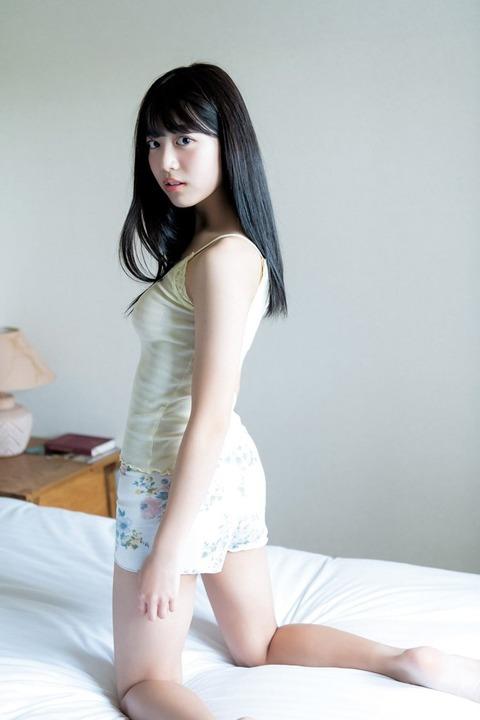 吉田莉桜 画像 012