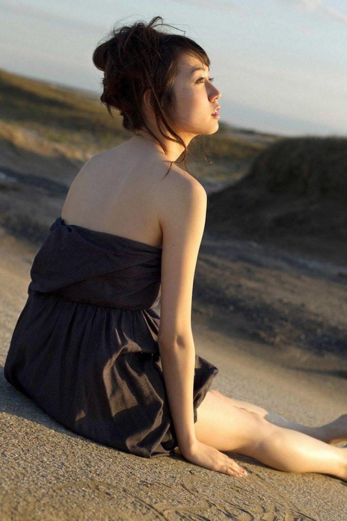 澤北るな 画像 037