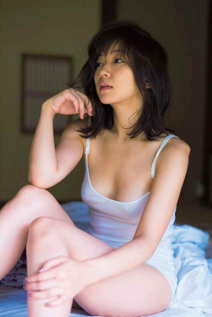 階戸瑠李 画像 017