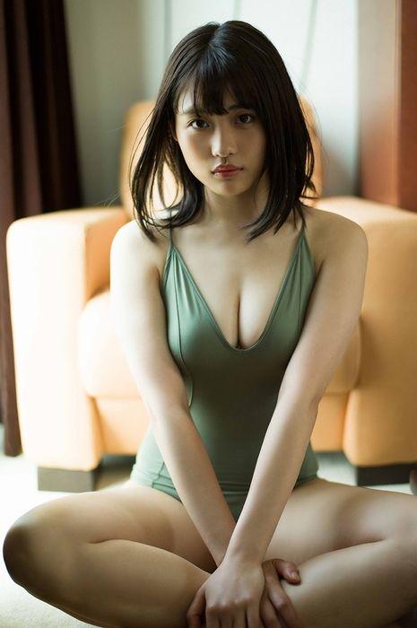 石田桃香 画像 099