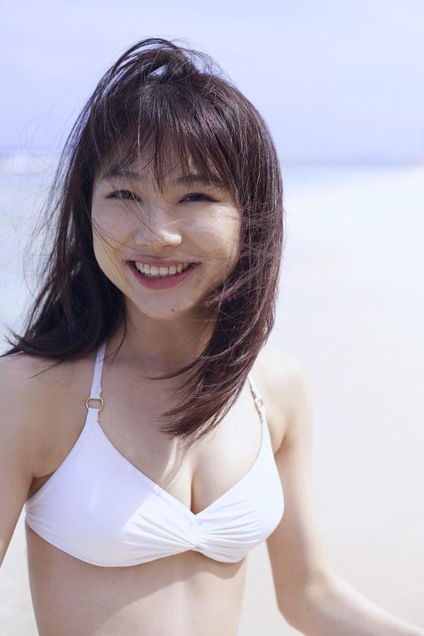 石田亜佑美 画像 050