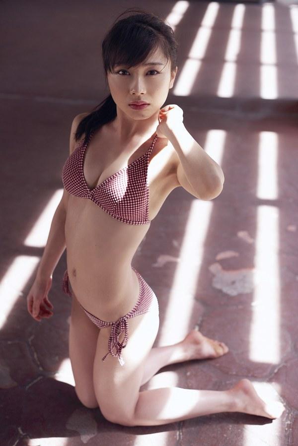 石田亜佑美 画像 090