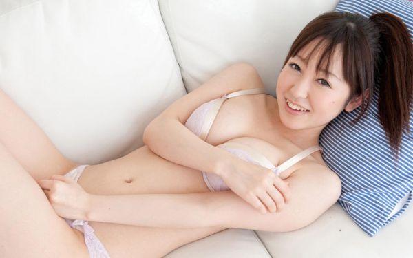 篠田ゆう 画像 042