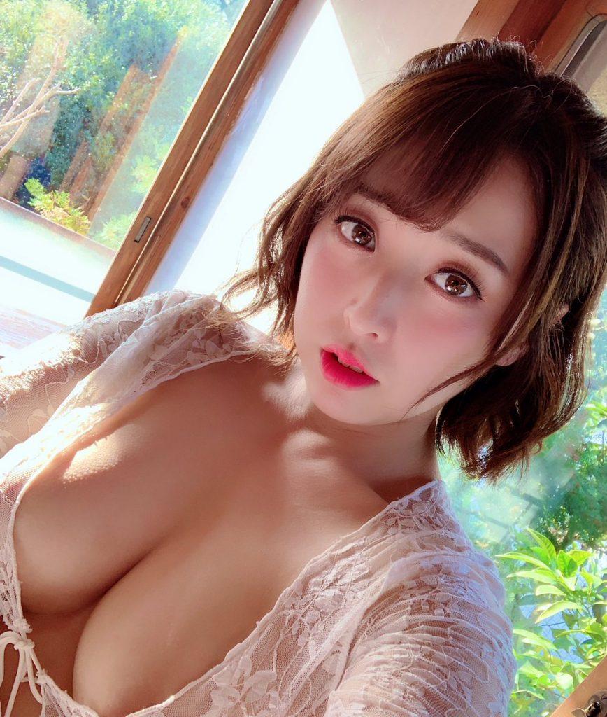 篠崎かんな 画像 055