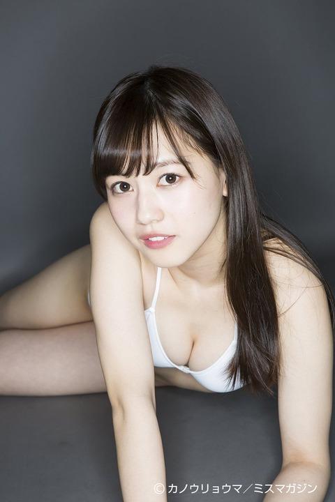 岡田佑里乃 画像 067