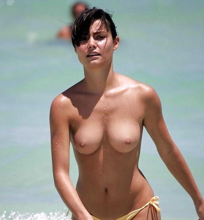 ヌーディストビーチ 画像 013