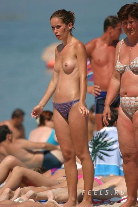 ヌーディストビーチ 画像 077