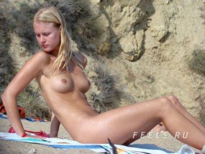 ヌーディストビーチ 【エロ画像91枚】海外の乳首丸出し爆乳