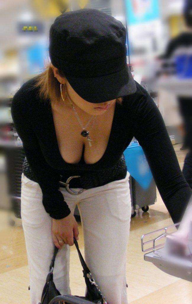 着衣おっぱい 画像 084