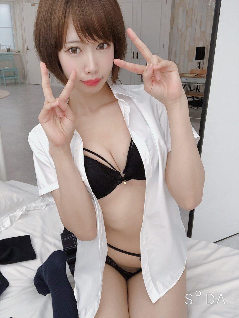 川頭桃子 画像 059