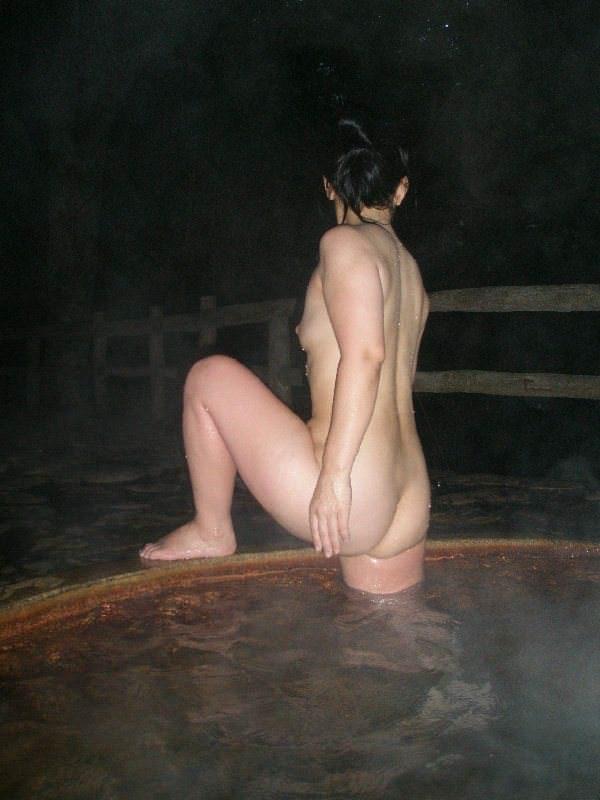 下乳横乳お姉さん 画像 007