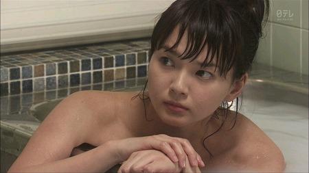 多部未華子 【エロ画像150枚!】入浴シーンのセミヌード
