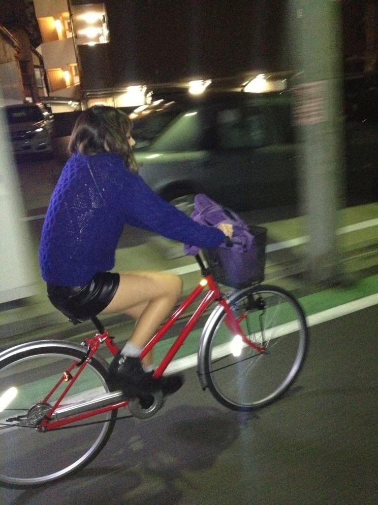 自転車のパンチラ 画像 023
