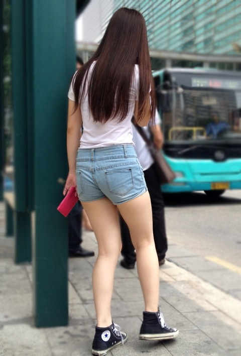 街中美脚 画像 052