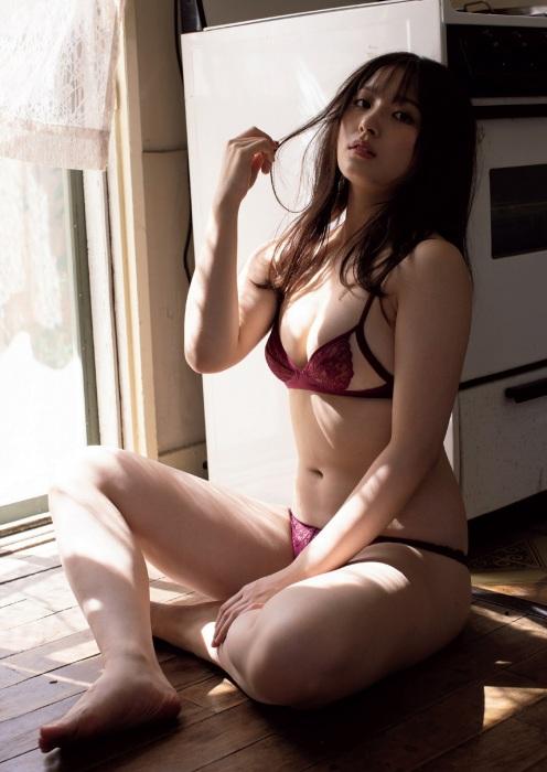 大和田南那エロ画像009