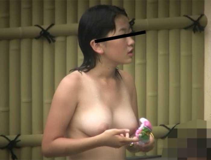 露天風呂盗撮 画像 007
