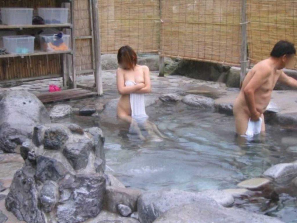 露天風呂盗撮 画像 061