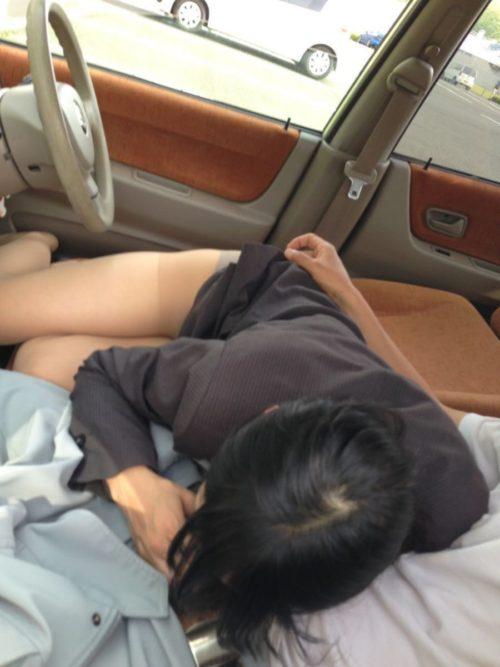 車内の淫乱素人 画像 033