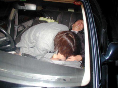 車内の淫乱素人 画像 054