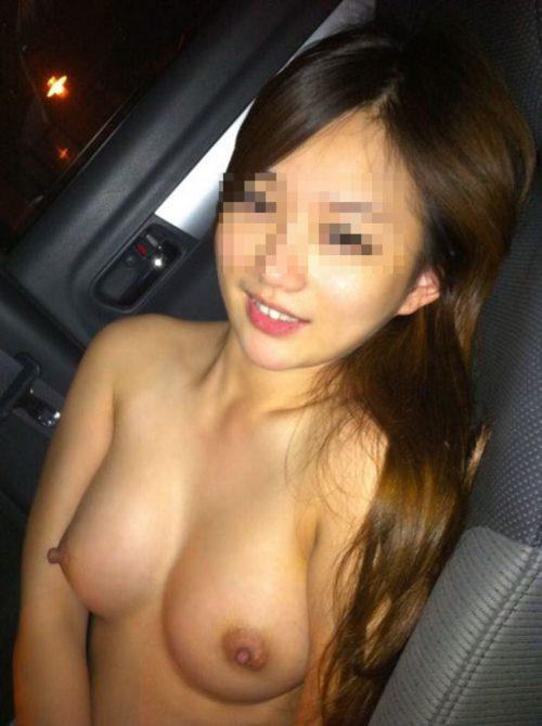 車内の淫乱素人 画像 068