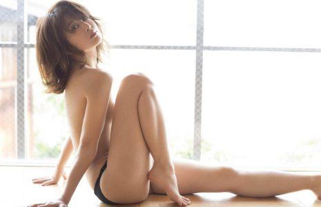 佐津川愛美 【エロ画像63枚! 】ハミ尻グラビアのエロ女優