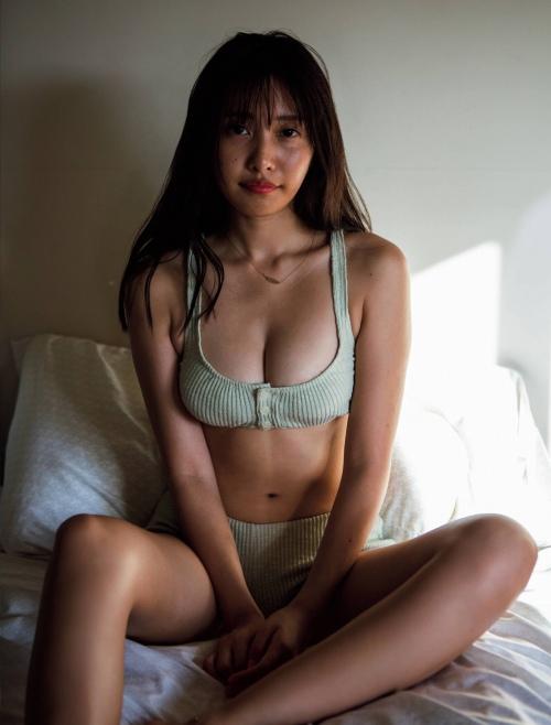 佐野ひなこエロ画像008