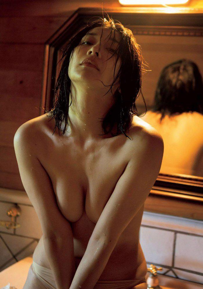 山崎真実エロ画像024