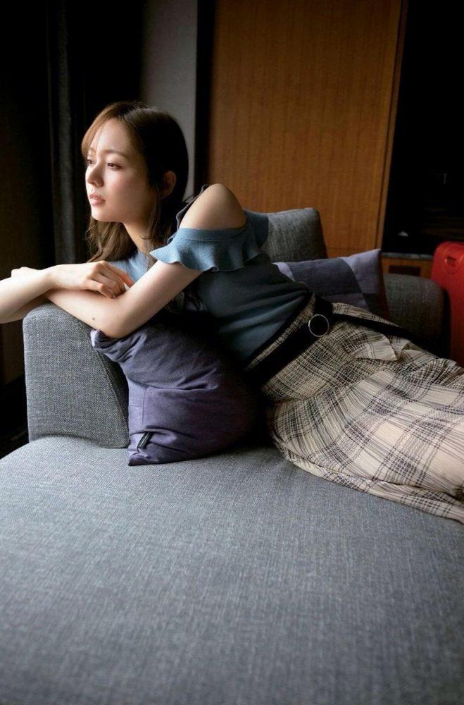 梅澤美波エロ画像102